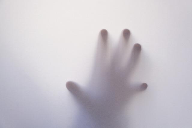 tratament pentru maini uscate si aspre